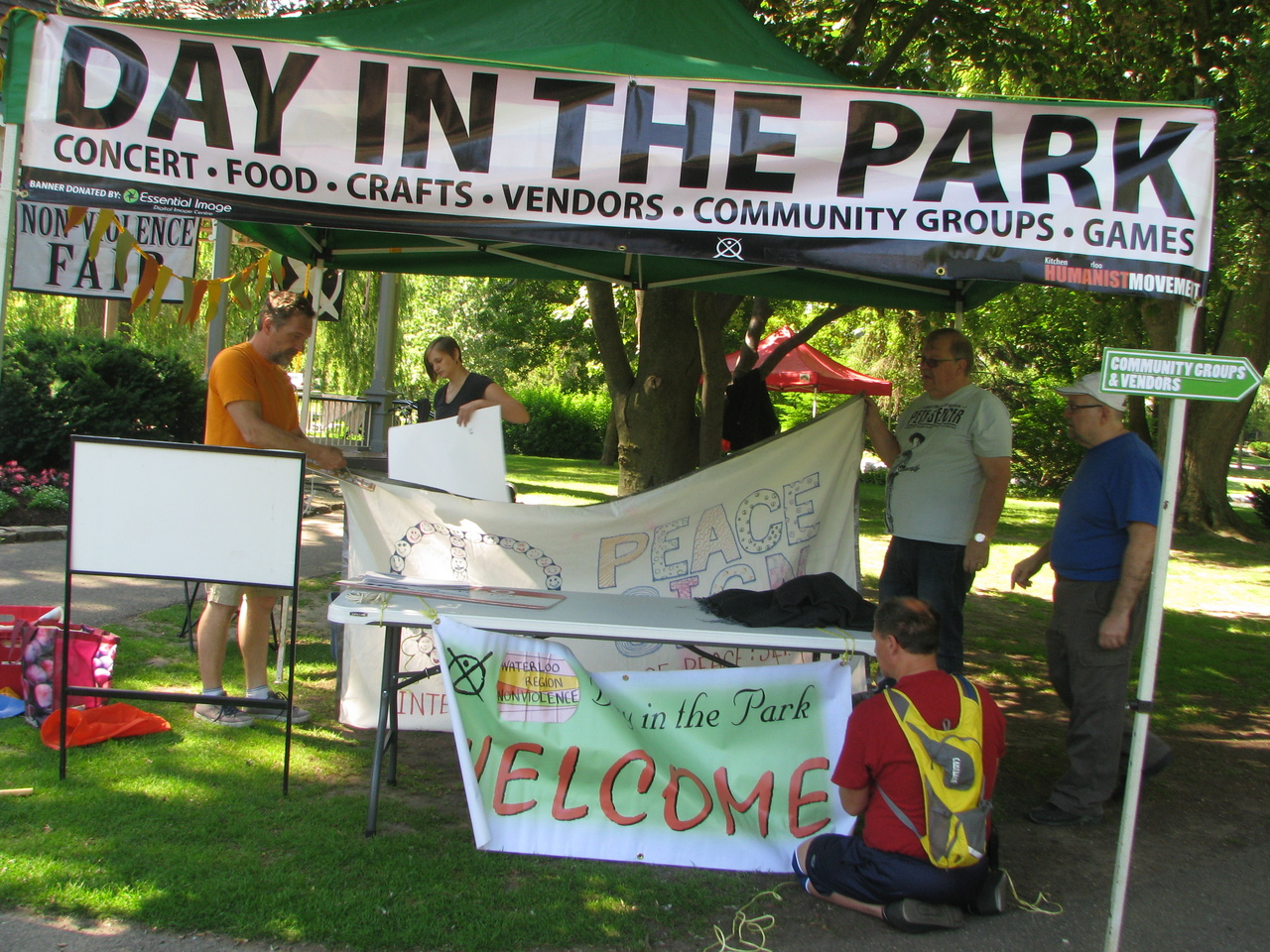 Day In The Park 2019 @ Roos Island |  |  |