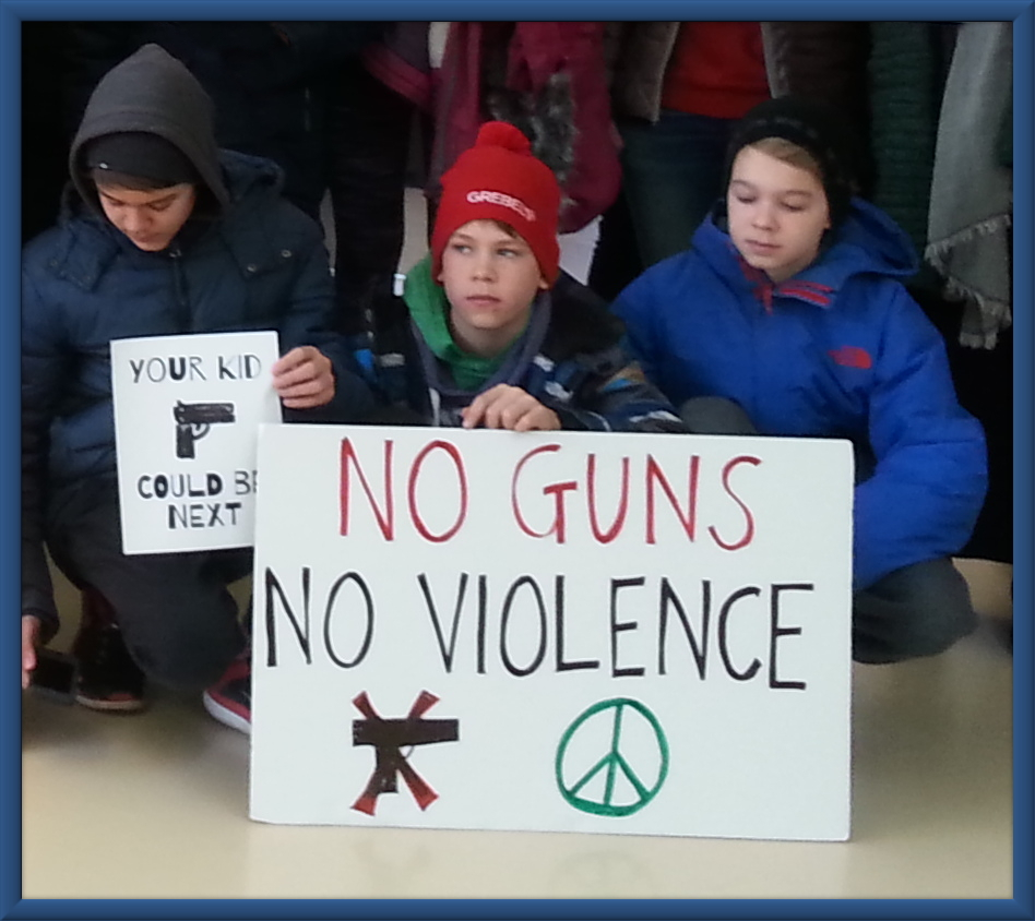 Children with sign: No Guns, No Violence